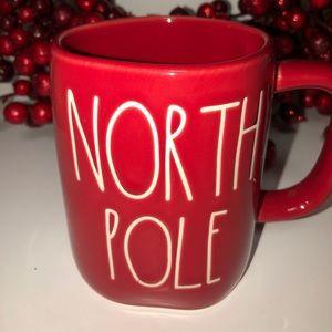 """New Rae Dunn Christmas """"North Pole"""" Red Mug"""